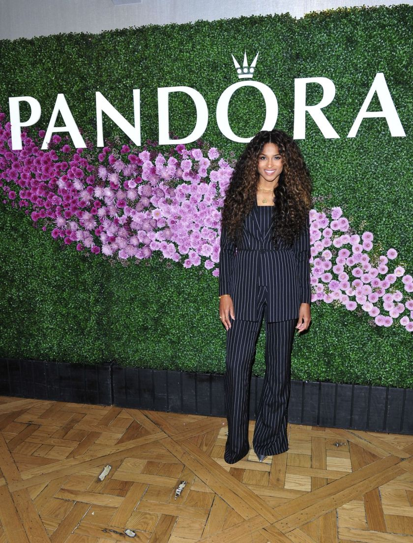 ciara-at-mother-s-day-brunch-in-la-2